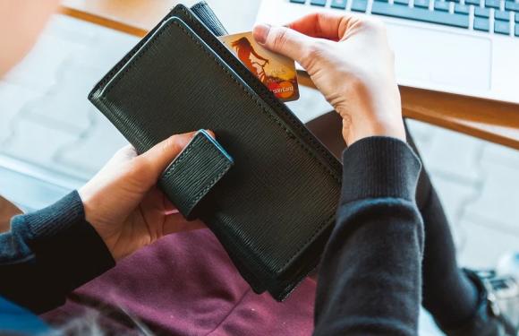 Få har nok penger til uforutsette utgifter – og forbrukslån blir løsningen for flere og flere